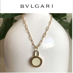 Bvlgari paperclip chain necklace NEW